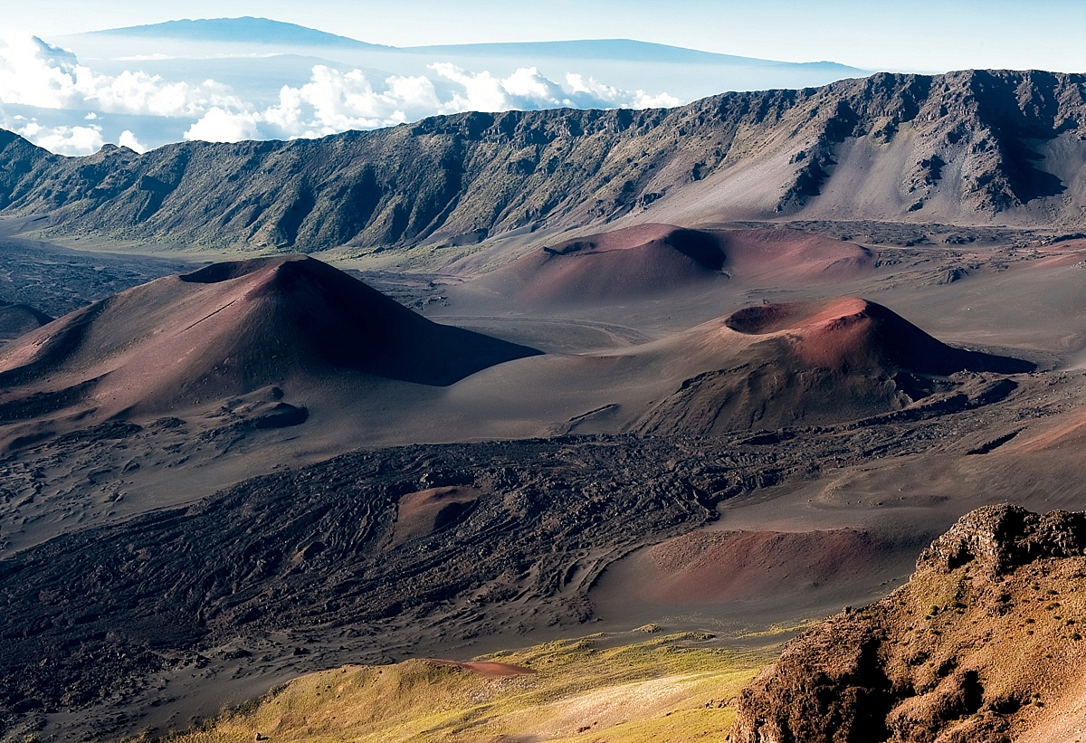 best hiking trails for adults on maui